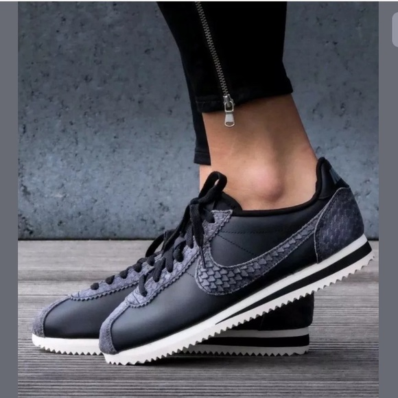 5ec058bc5ac8 Nike Women s Classic Cortez Premium Running shoes.  M 5b57f1bf800dee491fe86787